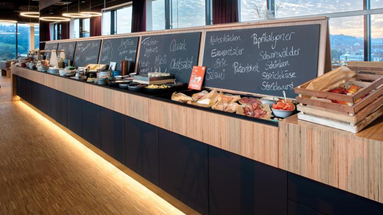 Hi, Charles: Bar und Restaurant aus Schwäbisch Gmünd